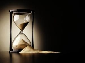 broken-hourglass