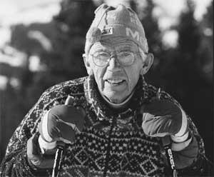 elderly-skier